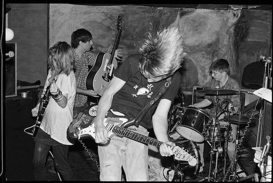 sonic_youth_04_1362401222_crop_550x369